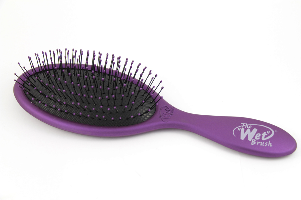 The Wet Brush - Tangle Teezerin haastaja  - Glitz   Glam 487a738f71