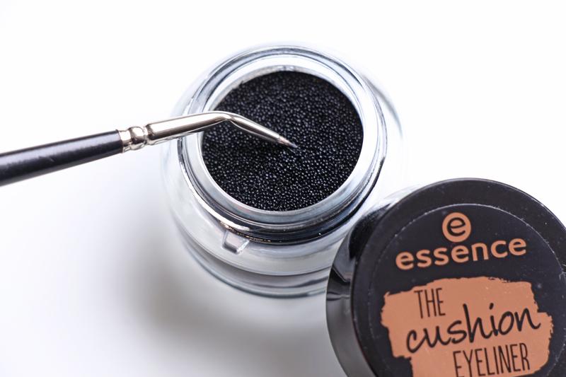 Essence The Cushion Eyeliner