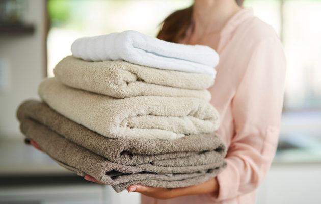 Kuinka usein pyyhkeet pitäisi vaihtaa? Ihotautilääkäri vastaa