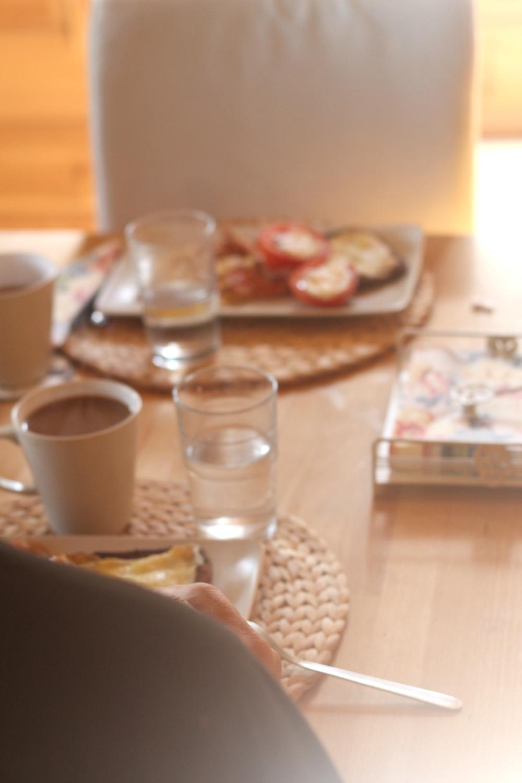 aamiaisella