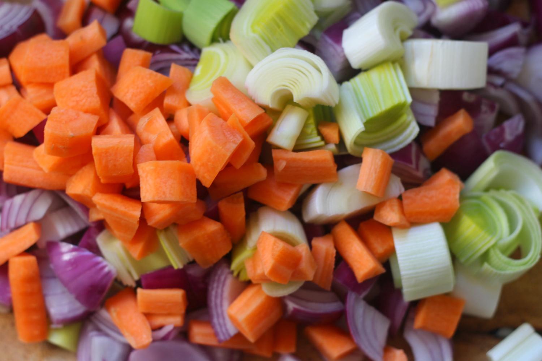 40 ruoka-ainetta kotiisi, kun haluat syödä puhtaasti