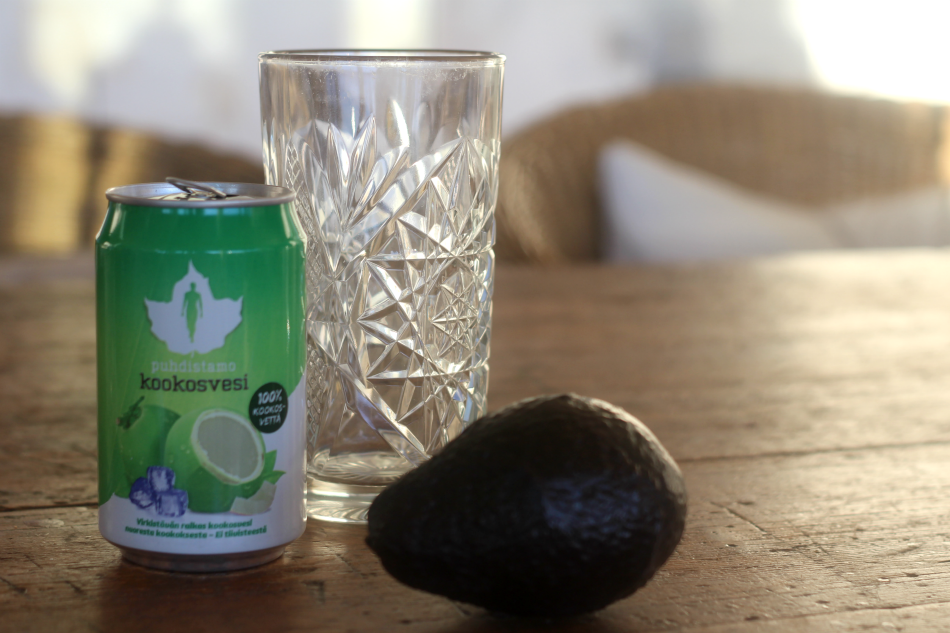5 x kookosveden terveyshyödyt