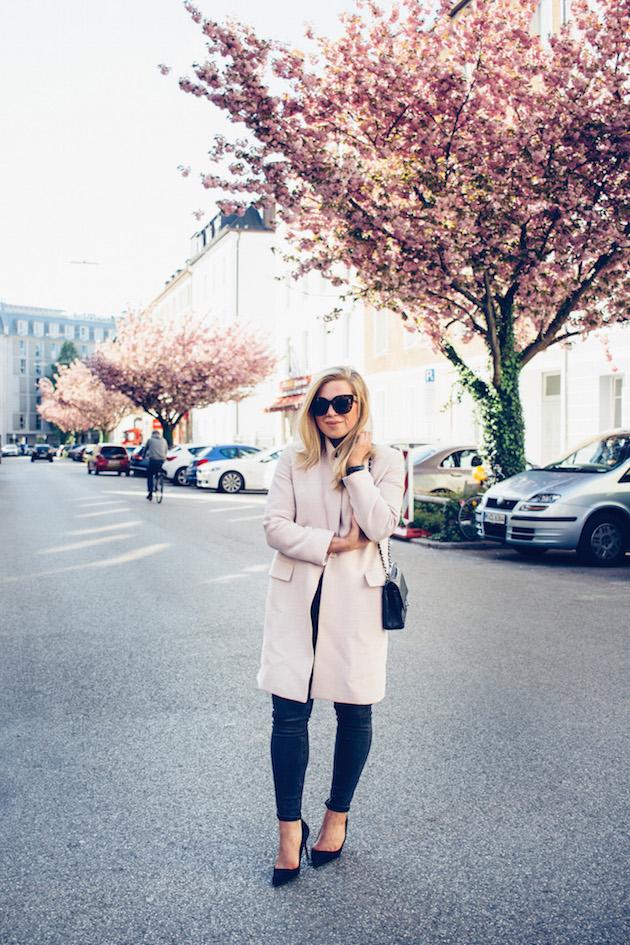 vaaleanpunainen-takki-1