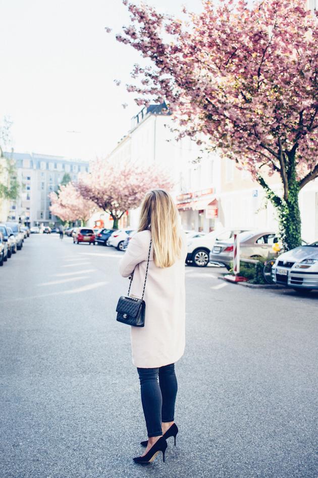 vaaleanpunainen-takki-5
