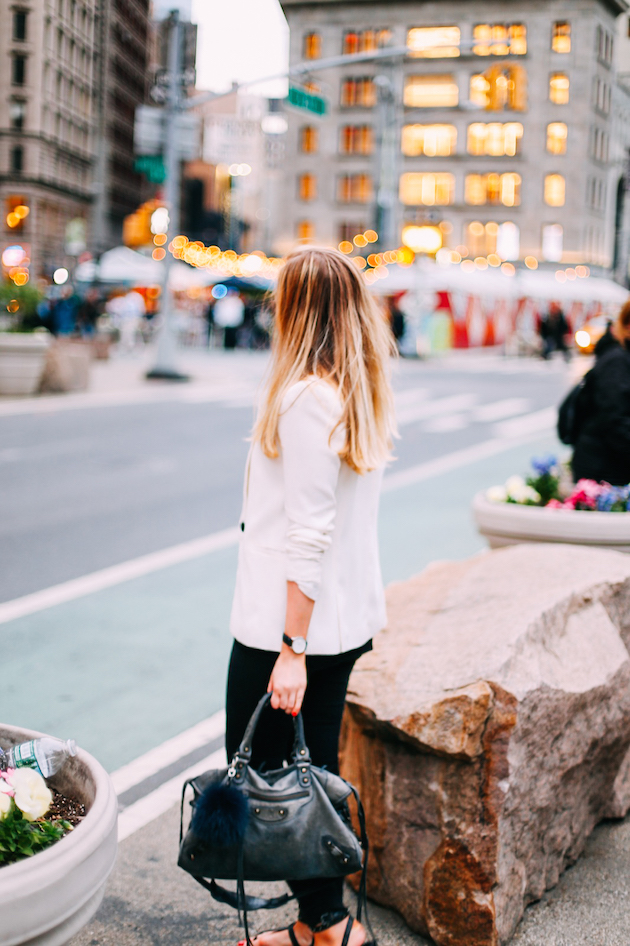 New-York-valkoinen-bleiseri-flatiron-4-2