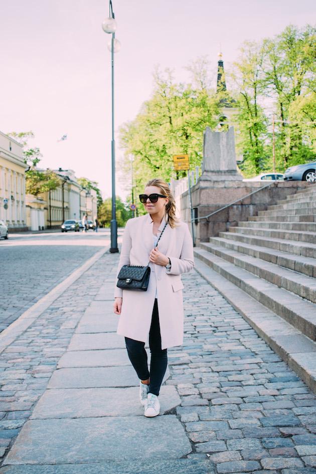 vaaleanpunainen-takki-2