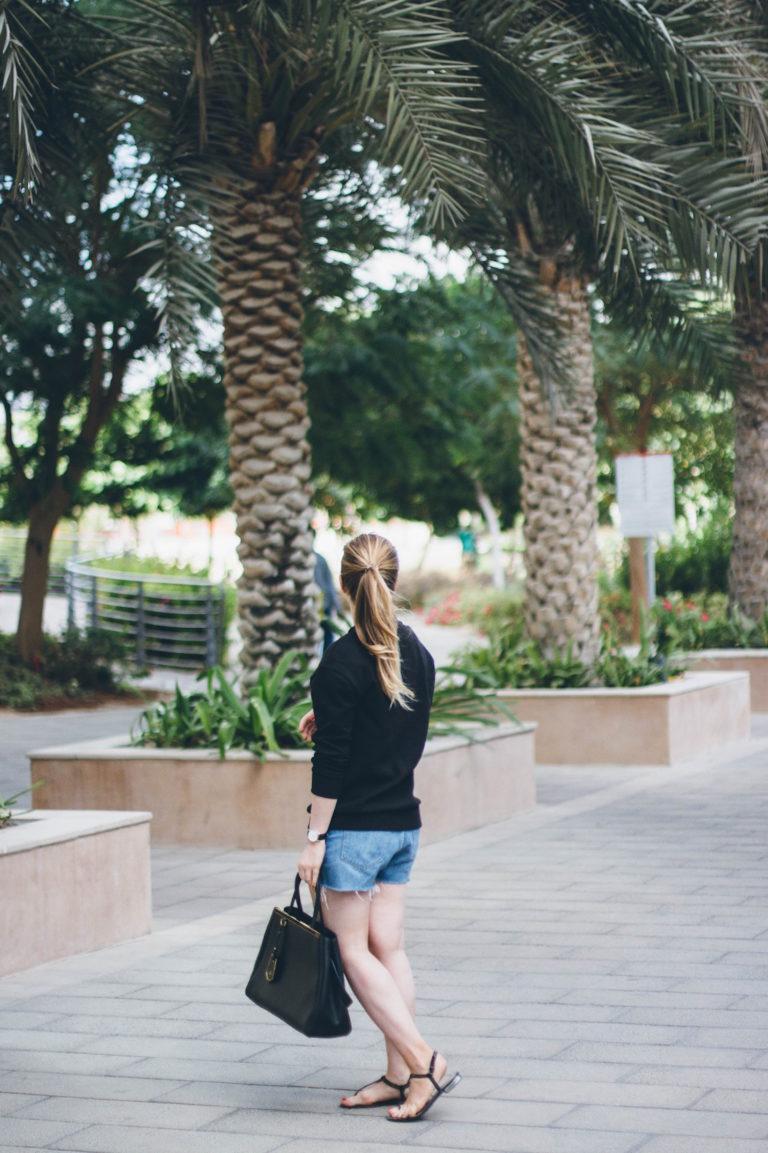 Farkkushortsit Dubaissa, Fendi 2Jours