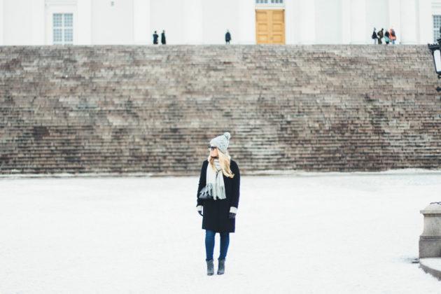 Viikonloppu Helsingissä talvisään asu Jenni Ukkonen