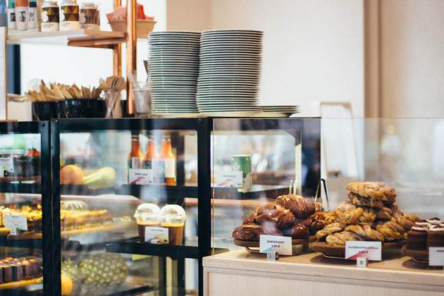 Viikonloppu Helsingissä: Paulig Kulma kahvila ja raakakakut