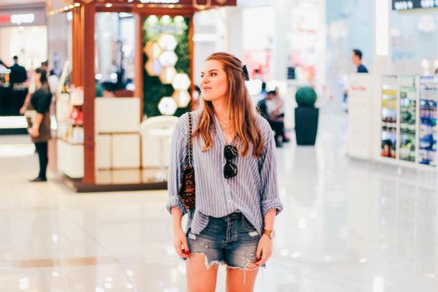 Jenni Ukkonen Dubai Marina Mall