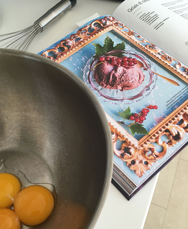 Toscana-keittokirja testissä, kokelussa jäätelöresepti