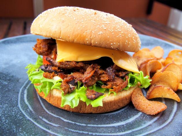 Savustettu nyhtisburger