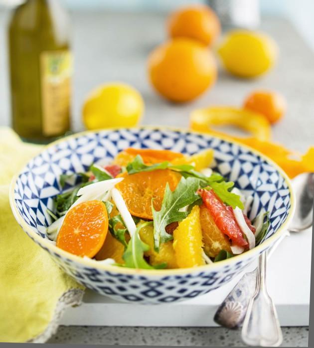 Sisilialainen sitrussalaatti on päivän vitamiinipommi
