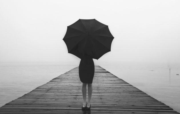 Kun suhde loppuu, mutta rakkaus ei – Miten päästä vanhan suhteen yli?