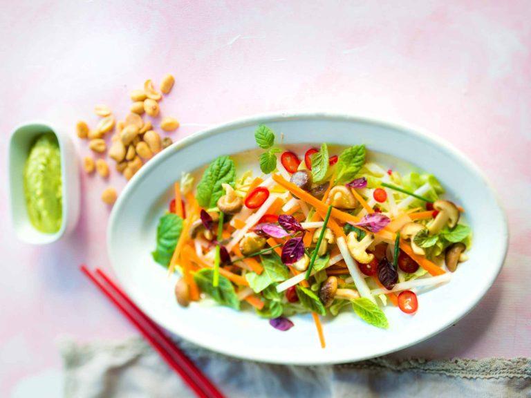 Aasialainen_salaatti
