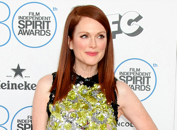 Julianne Moore on klassinen kaunotar