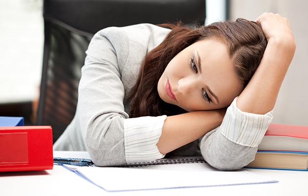 Pelottaako burnout? Tunnista 4 varoitusmerkkiä