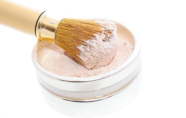 Baking-meikki saa ihon näyttämään virheettömältä – Katso video!