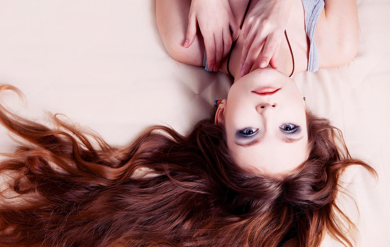 Viisi vinkkiä: Näin kasvatat pitkät hiukset