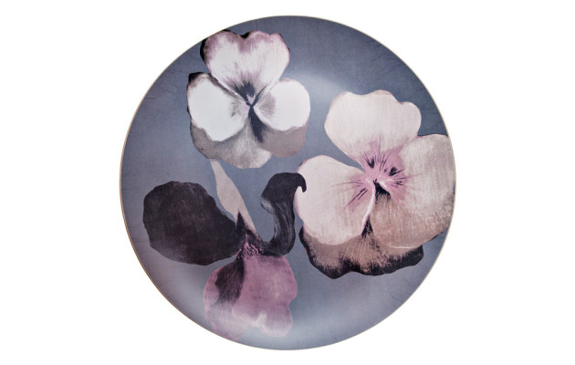 Sisustustrendi: Rohkeat kukkakuosit