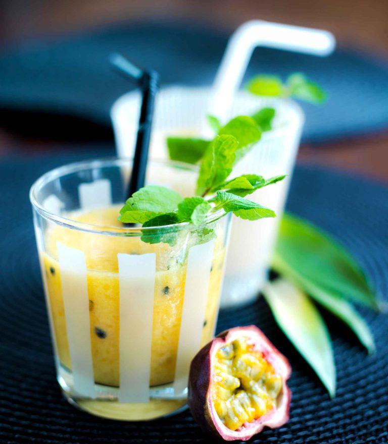 Tropical smoothie, mangosmoothie
