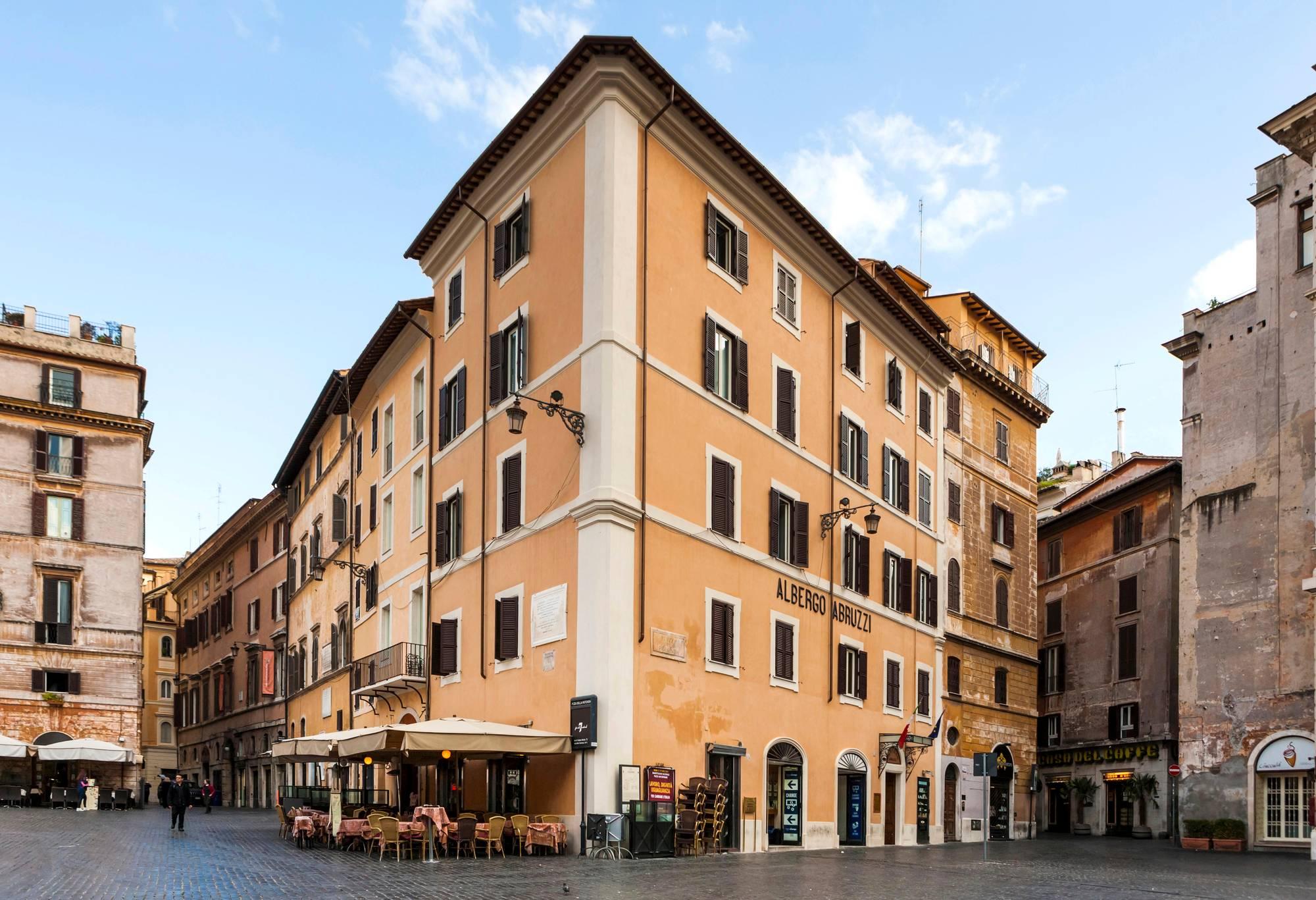 Hotelli Abruzzi