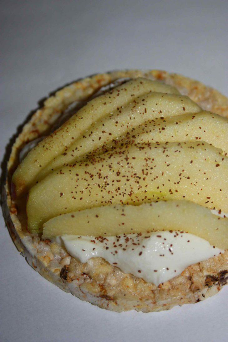 Friggs_riisikakku_rahkaa_ja omenaa