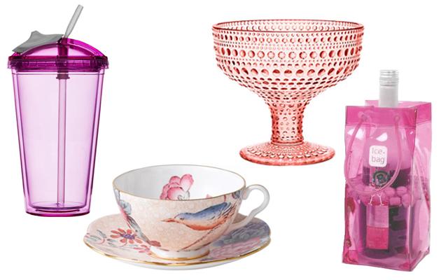 Vaaleanpunaisia astioita