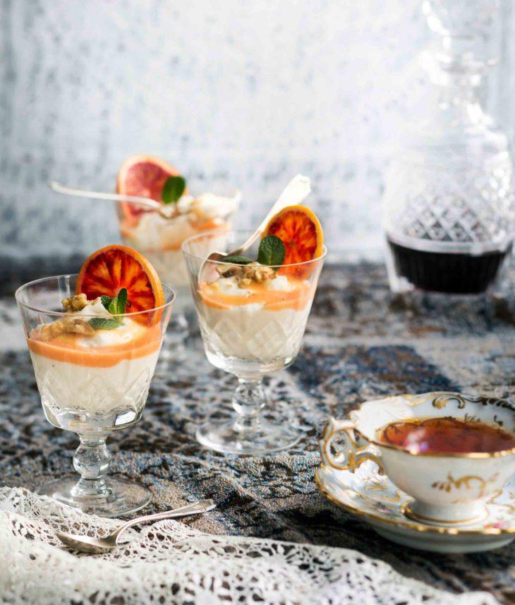 jogurtti-appelsiinimousse