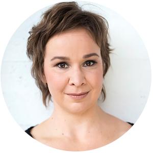 Kirjailija Rosa Meriläinen