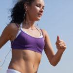Esimerkiksi nyhtökaura ja lehtikaali ovat urheilijallekin oivia kasviproteiinin lähteitä.