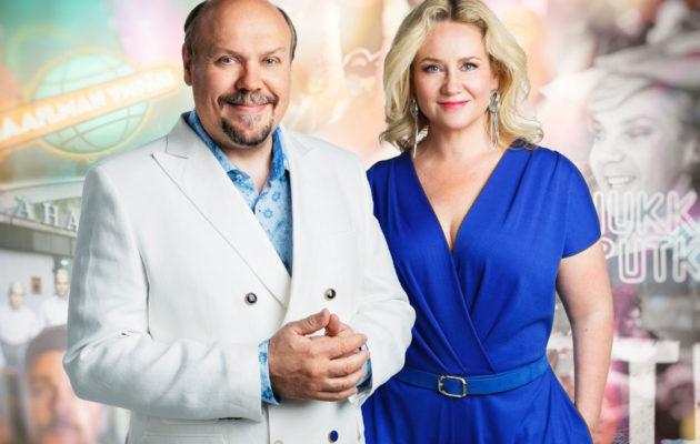 Juhlalähetyksen juontavat Hannu-Pekka Björkman ja Maria Sid.
