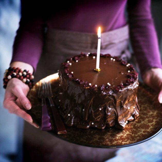 suklaa-kinuskikakku