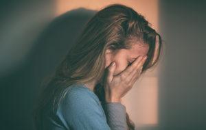 Nainen avautui välinpitämättömästä pettäjämiehestään – näin suomalaiset häntä neuvoivat
