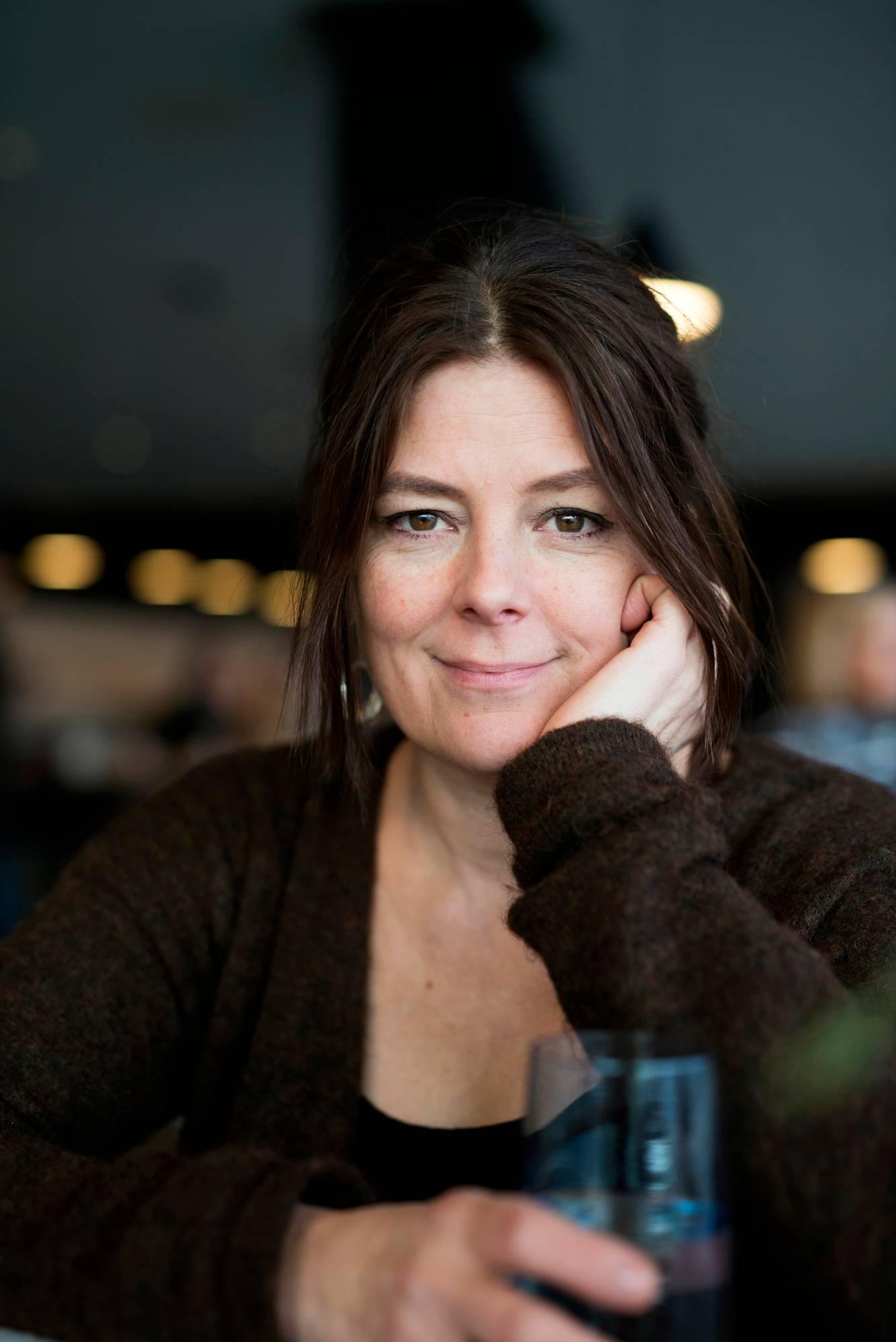 Liisa Mustonen näyttelijä-ohjaaja