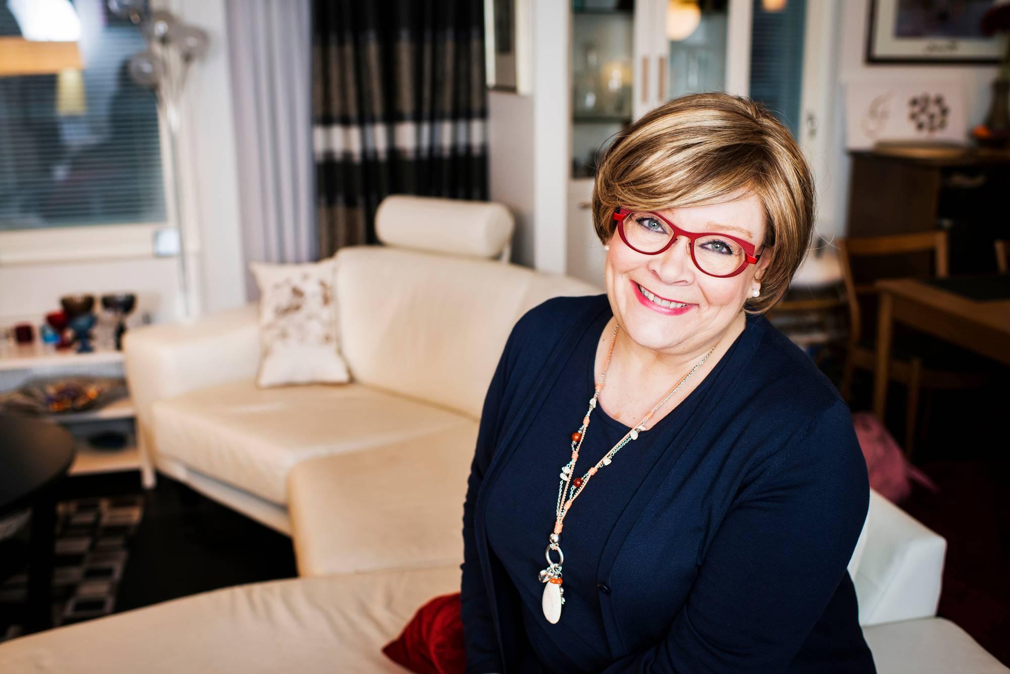 Ann Selin puhuu rintasyövästään Annassa.