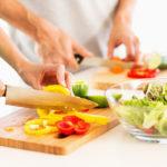Kun kotona valmistetaan terveellistä ruokaa, liikkumiseenkin on enemmän energiaa.