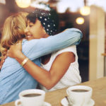 Kahvihetki rakkaan ystävän kanssa voi pelastaa koko päivän.