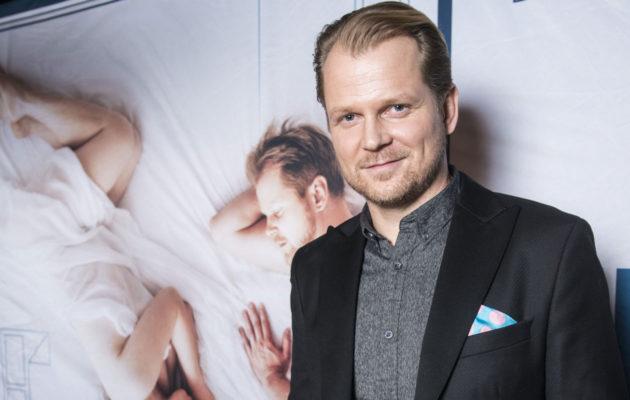Niin Syke-sarjassa kuin Kuudes kerta -elokuvassakin naistenmiestä esittävä Antti Luusuaniemi ei koe joutuneensa esineellistetyksi.