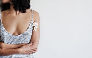 Alumiinittomat deodorantit testissä – yllätysvoittajaksi edullinen markettituote!