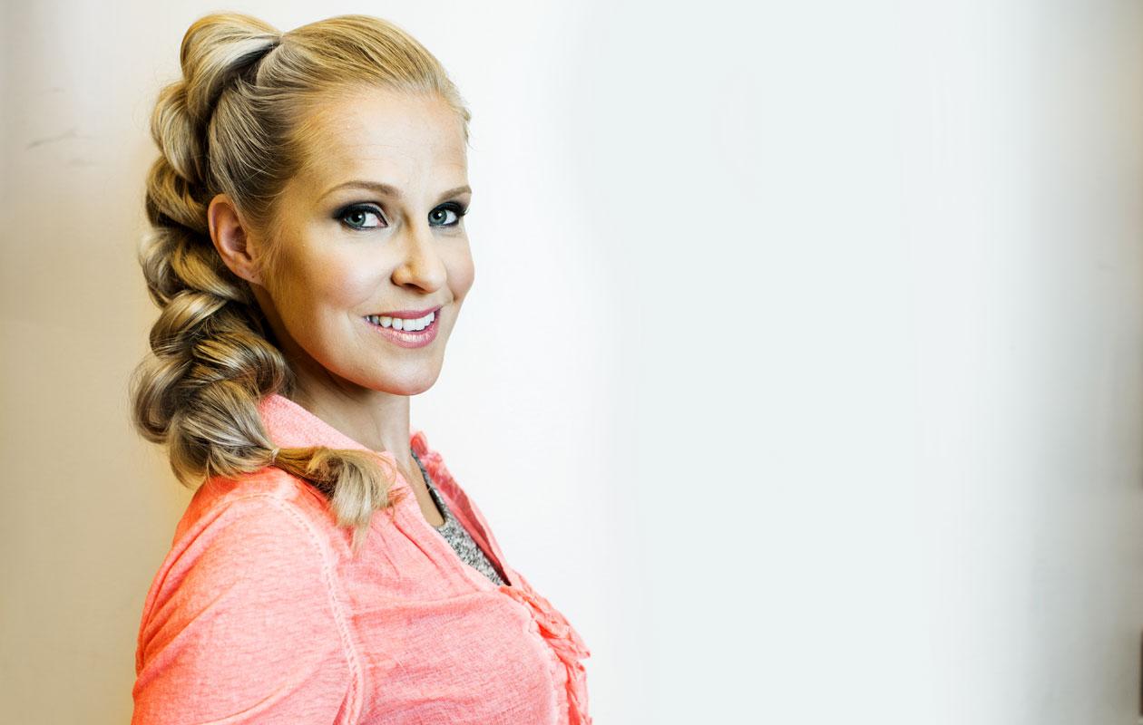 Huomenta Suomi -ohjelman juontaja Joanna Kuvaja.