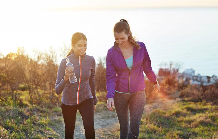 Kävely: Tämän verran päivässä kävelyä riittää – saat nämä 10 terveyshyötyä