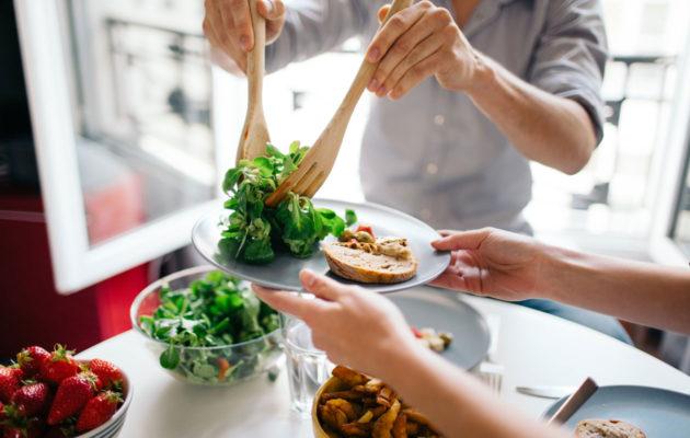 Kortisolitasot liian ylhäällä? Lopeta liian tiukat dieetit ja aloita rento painonhallinta.