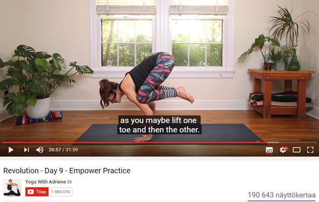 Jooga: Lintu-asana vaatii voimaa keskivartalosta.
