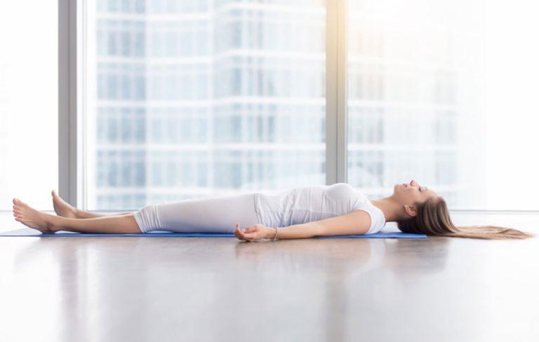 Laske verenpainetta joogan avulla – 6 verenpainetta alentavaa jooga-asentoa