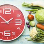 Säännöllinen syöminen on veren sokeri- ja rasva-arvoille hyväksi.