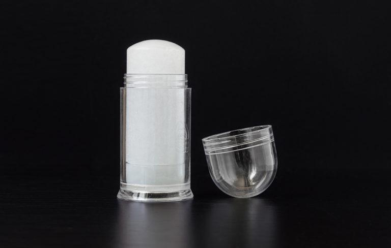 Mineraalikivideodorantti testissä – lue testikommentit ja asiantuntijan arvio alumiinia sisältävän luonnontuotteen turvallisuudesta