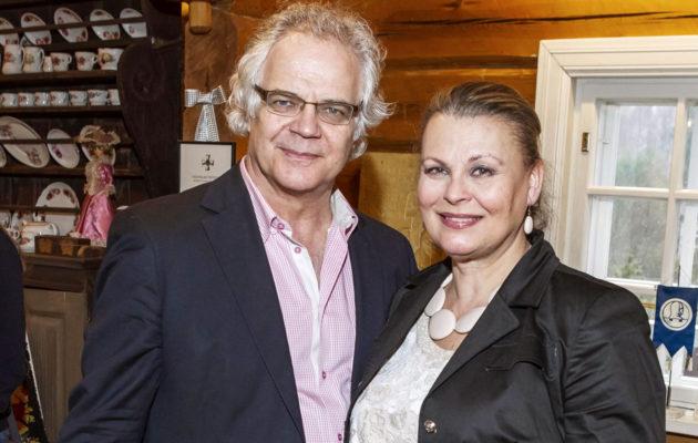 Anne Pohtamo ja Arto Hietanen.