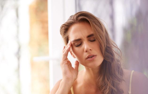 Eroon päänsärystä ilman lääkkeitä: hoida päänsärky ayurvedan keinoin