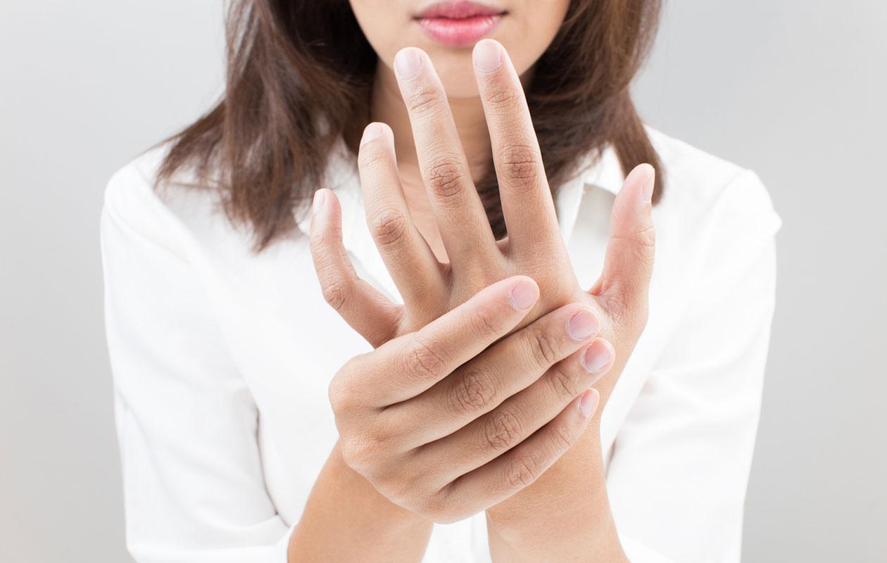Pistelyn, puutumisten ja kipujen syynä hermopinne? Näin tunnistat ja hoidat